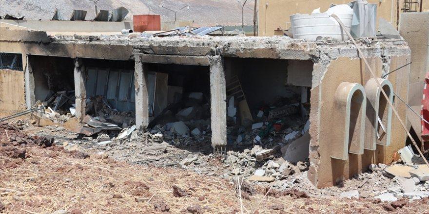 İşgalci Rusya, İdlib'de sivil savunma merkezine saldırdı