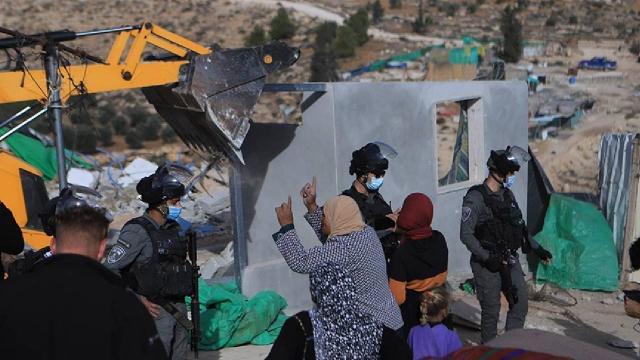 BM'den Filistinli ailelerin evlerini yıkan İsrail'e kınama