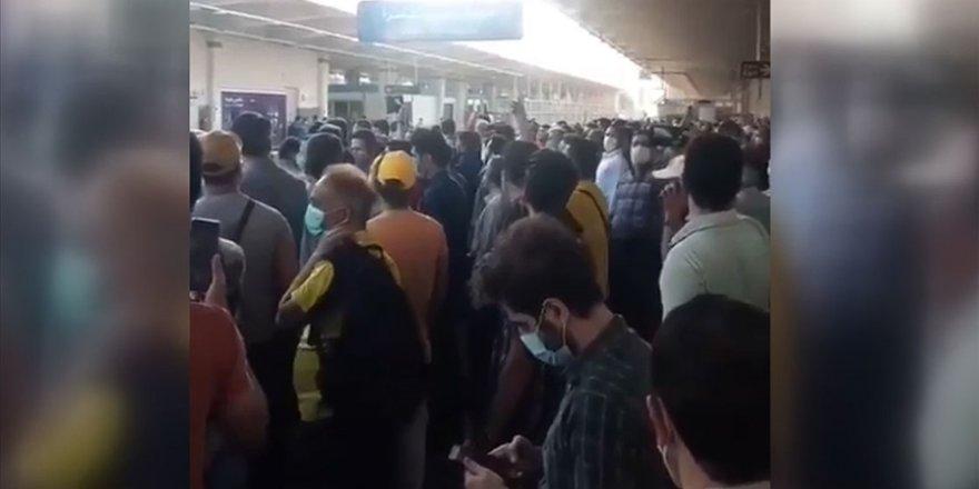 İran'da elektrik kesintisi protestoları bayramda da sürdü