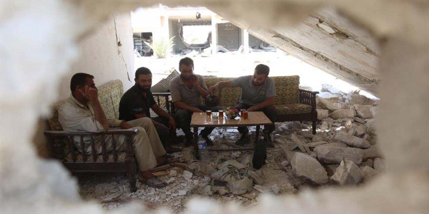 """""""Suriyeliler bayramlarda sınırı bayramlaşmak için geçmiyorlar"""""""