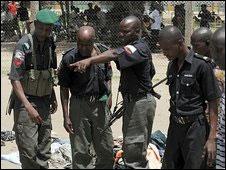 Nijerya'da Muhalif 732 Müslüman Hapisten Kaçırıldı