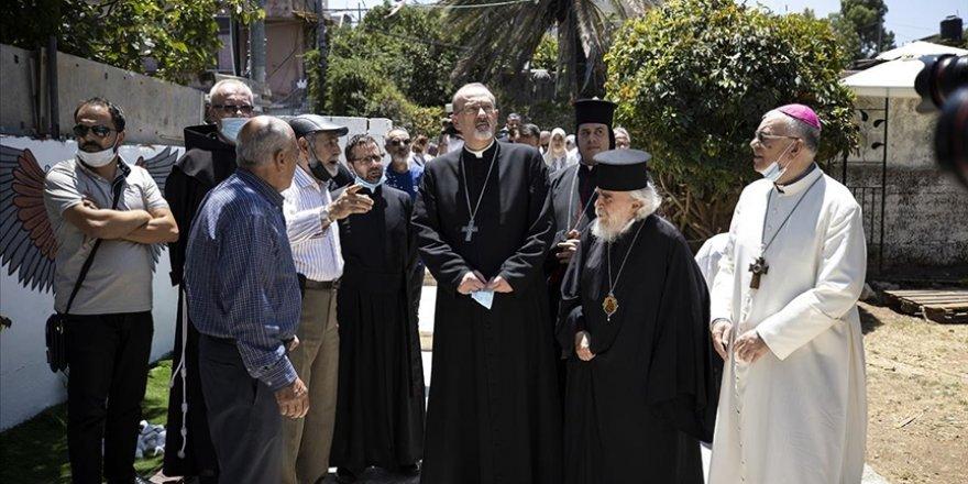 Kudüs'teki Hristiyan Başpiskopostan Şeyh Cerrah Mahallesi sakinlerine destek ziyareti