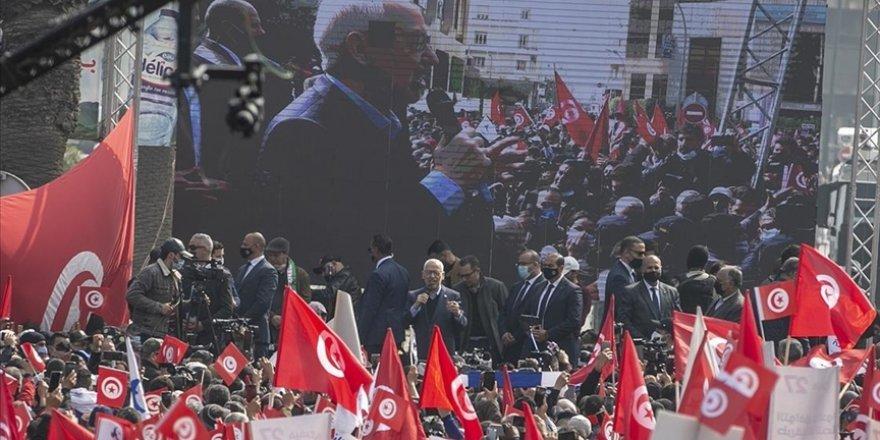 Nahda'dan 'anayasal sürece dönülsün' çağrısı