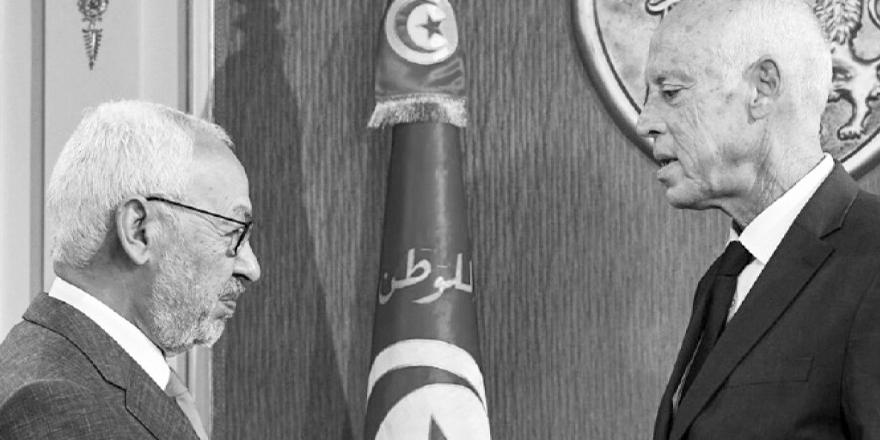 Tunus'ta anayasal darbe ve Nahda'nın geleceği