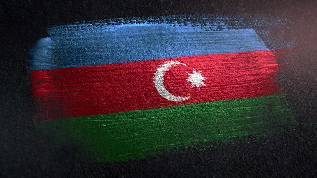 Azerbaycan, Karabağ'daki tırlar nedeniyle İran'a nota verdi