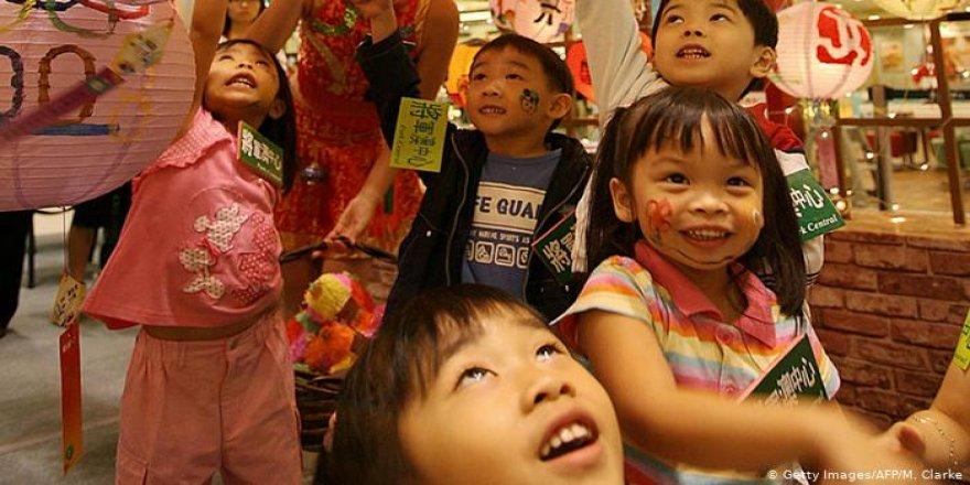Çin'de 'tek çocuk' politikasında sona gelindi