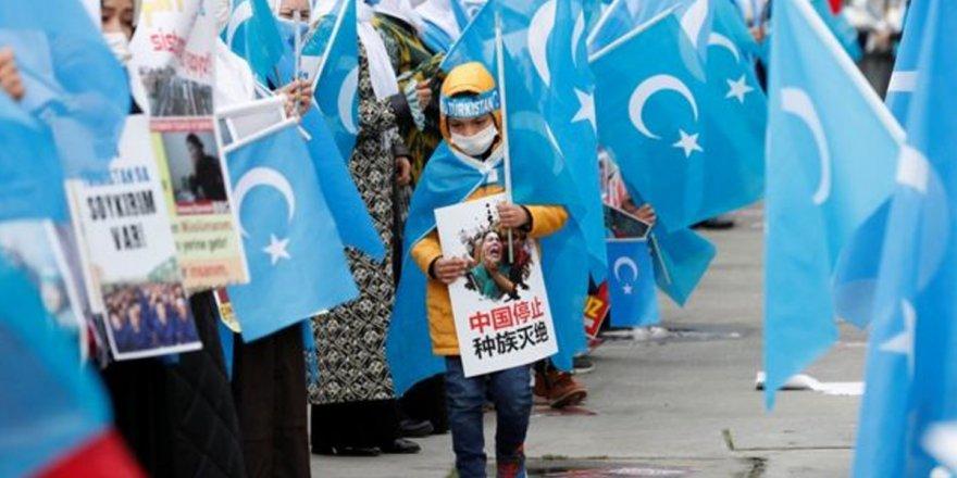 Çin'den yeni soykırım uygulaması: 4,5 milyon Uygur bebek doğumu engellenecek