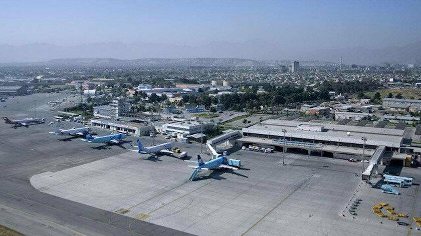 Afganistan'a ilk uluslararası ticari uçuş yapıldı