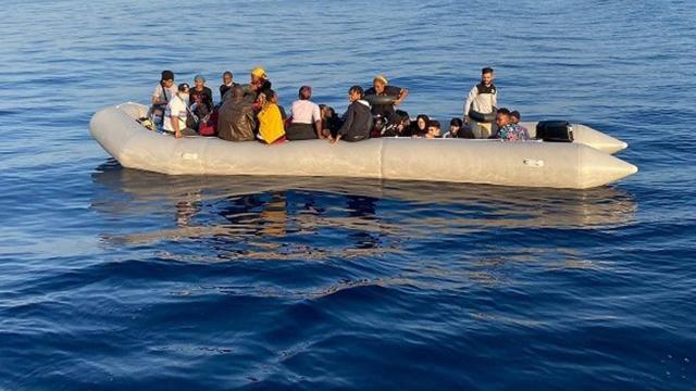 Fransa'dan İngiltere'ye göçmen tepkisi: Hiçbir şantajı kabul etmeyeceğiz