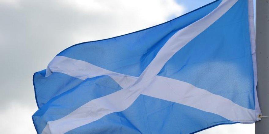 İskoçya'dan bağımsızlık referandumu girişimi