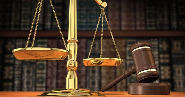Zinanın hükmü ve kamuya açık kırbaç cezası üzerine