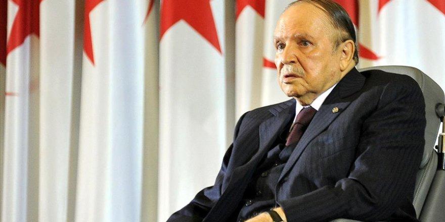 Cezayir'in eski Cumhurbaşkanı Buteflika öldü