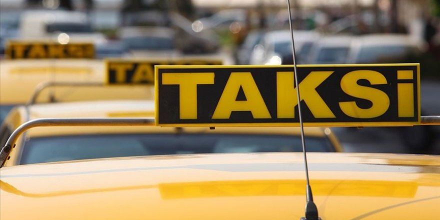 İBB'nin 1000 yeni taksi plakası teklifi UKOME'de oy çokluğuyla bir kez daha reddedildi