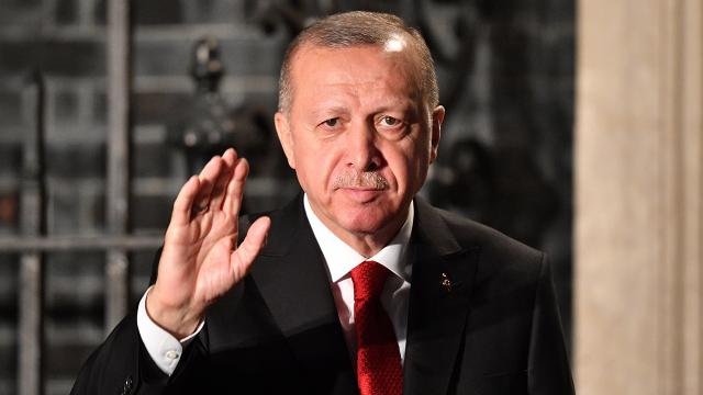 Cumhurbaşkanı Erdoğan neden herkesin arabası var zannediyor!