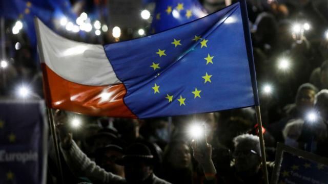 AB'den kopacak son halka Polonya mı olacak?