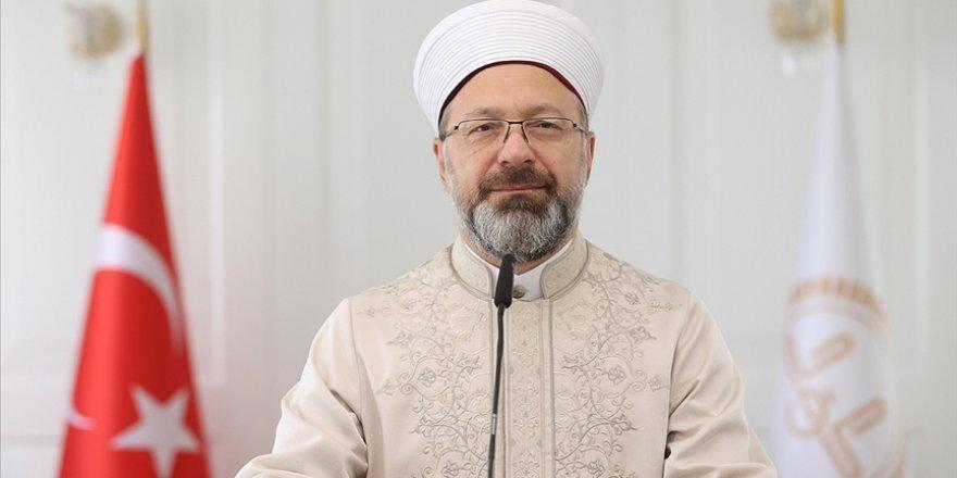 Ali Erbaş: Peygamberimizin insanlığa sunduğu ahlaki örnekliği insanlık için kurtuluş yoludur