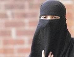 Hollandada Yeni Hükümetin İlk İşi Burka Yasağı