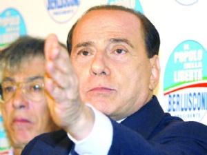 Berlusconi Kalesini Kaptırdı