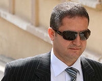 Hâkim Kuban, Mahkeme Heyetini Yuhalattı