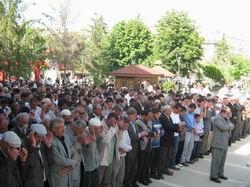 Van'da Şehidler İçin Gıyabi Cenaze Namazı