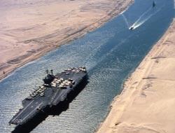 11 ABD, 1 İsrail Gemisi Süveyşte