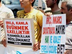 Antalya Özgür-Derden Kanı Durdurun! Çağrısı
