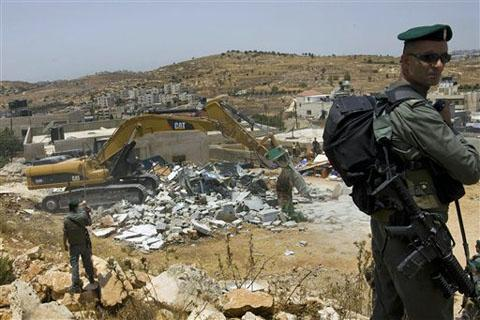Siyonistler Doğu Kudüste Yıkımlara Başladı