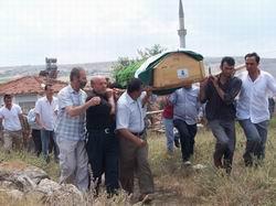 Kardeşimiz Ali Ay Defnedildi
