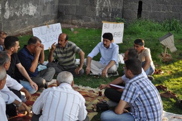 Açlık Grevindeki Ahmet Ay'a Destek Ziyareti