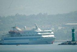 Mavi Marmara İskenderun limanında