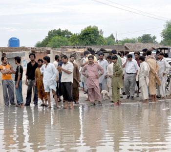"""Pakistan'da Yine """"Sel"""" Tehlikesi!"""