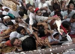 Pakistana Yardımlar Yok  Denecek Kadar Az!
