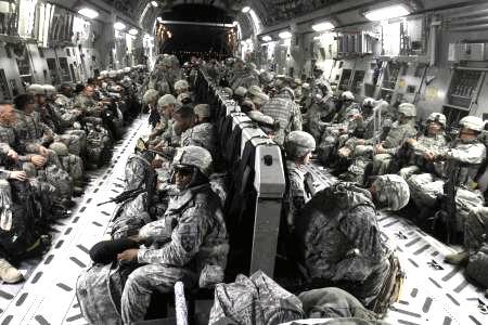ABD, Iraktan Çekeceği Gücü Körfeze Yığacak!