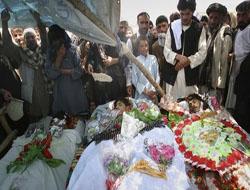 Afganistanda Halk ABDyi Protesto Etti