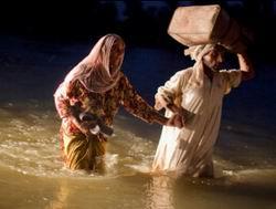 Dünya Pakistana Yardımda Yavaş Davranıyor
