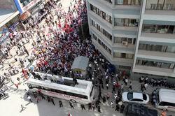 Kılıçdaroğlu, Vanda 200 Kişiye Hitap Etti