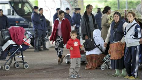 AP: Çingeneleri Sınırdışı Etmeyin