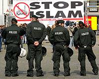 Alman Halkı Müslümanları Yük Olarak Görüyor