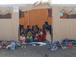 Pakistan'da Hayat Çadırlarda Devam Ediyor