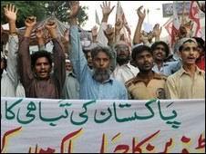 Pakistan Halkından NATO Karşıtı Protesto