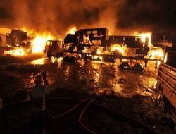 Pakistanda 30 NATO Tankeri Daha Yakıldı