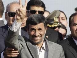 Ahmedinejad, Hizbullah Mitingine Katıldı