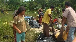 Endonezyadaki Tsunamide Ölü Sayısı 311