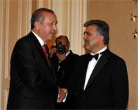 Erdoğandan Askere Resepsiyon Eleştirisi