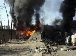 Cuma Namazında Cami Bombalandı