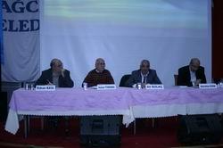 """""""Milli Dindarlık Sorunu ve İslami Uyanış"""" Paneli"""