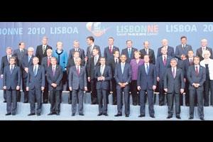 NATO Kılıç Biz Kalkan...
