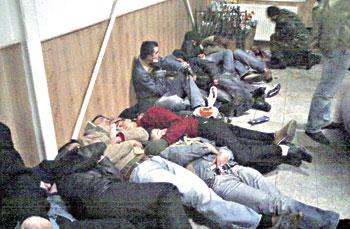 TSK'nın Toplama Merkezlerinde Rezalet