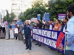 Adana'da NATO ve Füze Kalkanı Protestosu