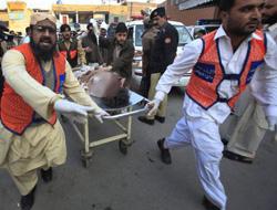 Pakistan'da Bombalı Saldırılar: 50 Ölü